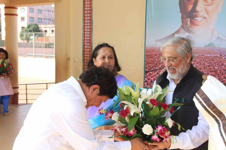 Dr. Anil Sahasrabudhe