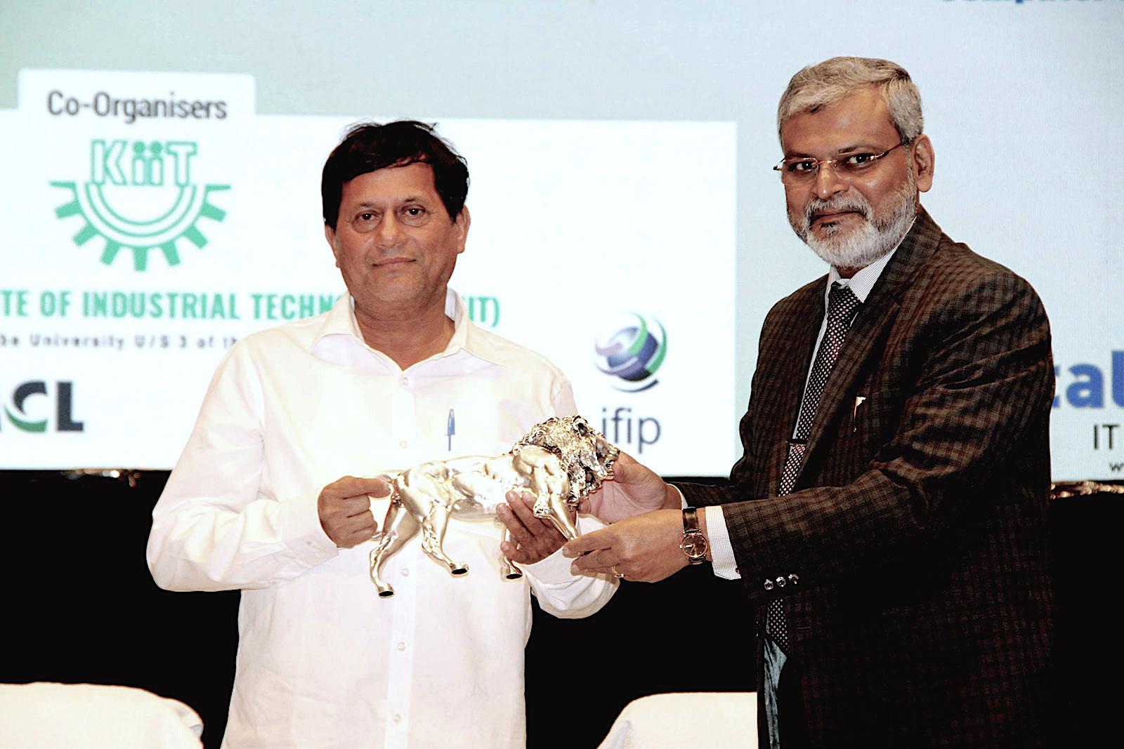 CSI life time award conferred on Achyuta Samanta